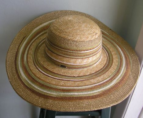FanTABulouswomen.com Scala straw hat for summer